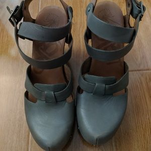 OTBT Gray Closed Toe Wedge